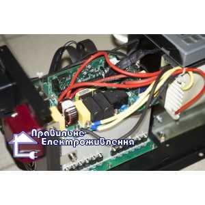 Преобразователь напряжения Altek AEP 3048 (3000 Вт)