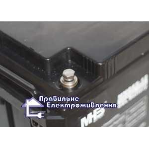 Аккумуляторная батарея MHB MNG 12-65