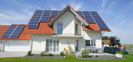 home-with-solar-panels-installed-on-roof-wilserv